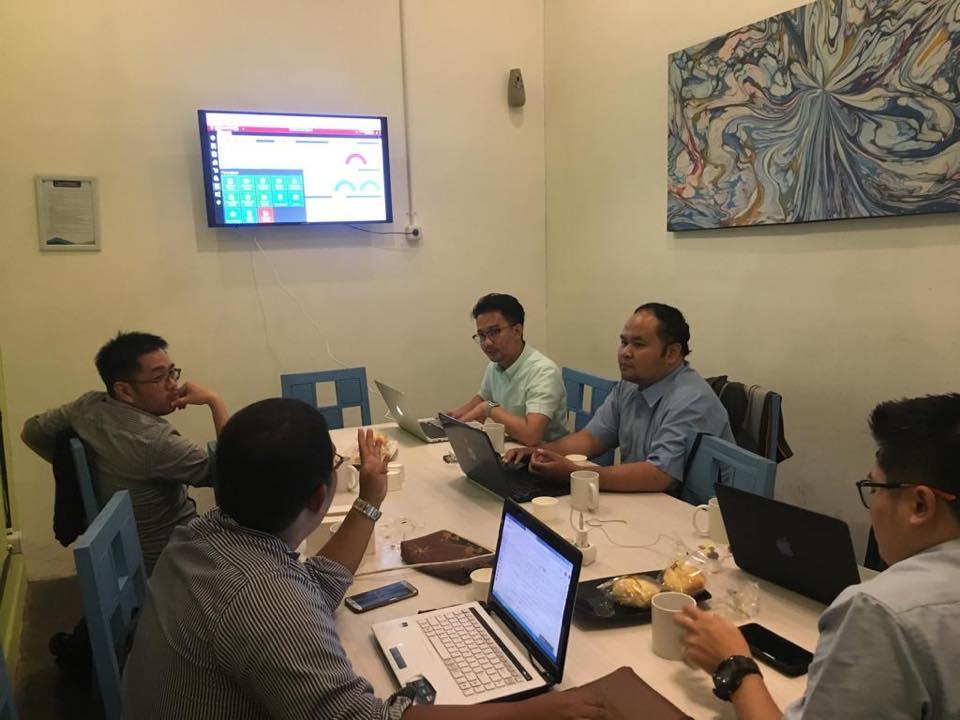 Training Accurate Online Store Galaxy Mall Surabaya