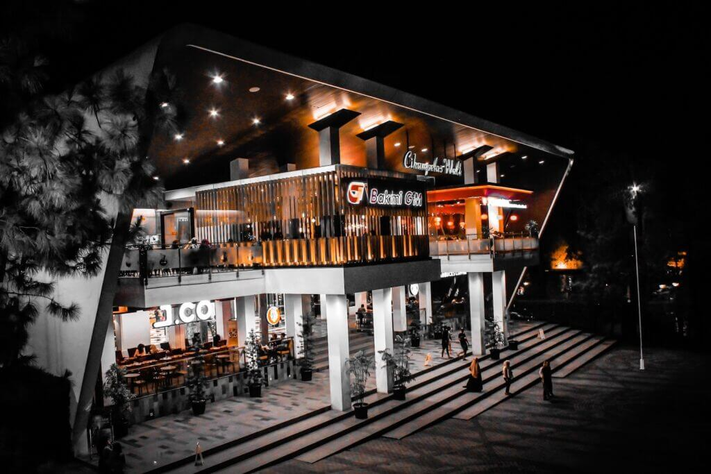 Daftar Mall Terbaik di Bandung 4