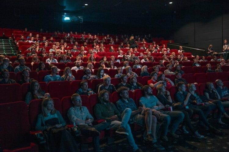 film tentang keuangan
